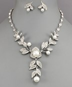 Pearl & Pave Leaf Necklace
