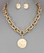 Hammered Disc Thick Chain Necklace