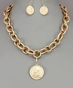 Large Coin Thick Chain Necklae