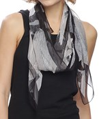 Abstract Leaf Print Oblong Scarf